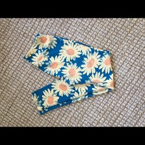 Lularoe daisy leggings